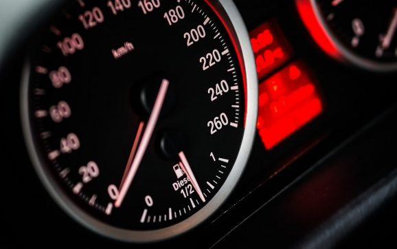 Kako utvrditi stvarnu kilometražu auta?